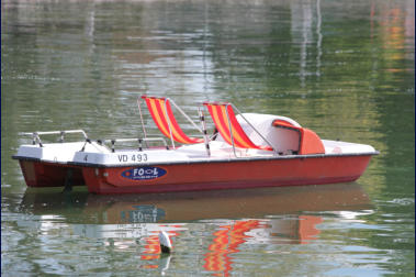 Pedal Boats Kayaks Motor Boats That You Can Drive